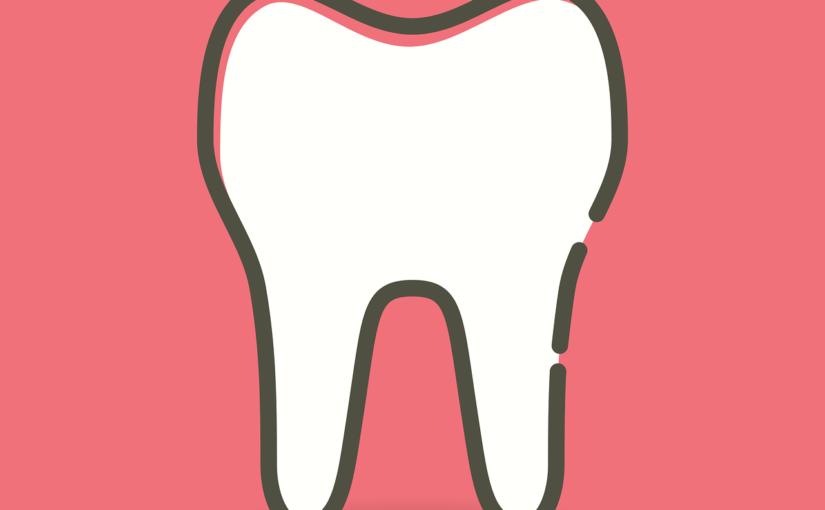 Śliczne zdrowe zęby oraz efektowny uroczy uśmiech to powód do płenego uśmiechu.